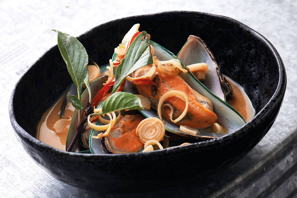 recipes cover story mussels red curry